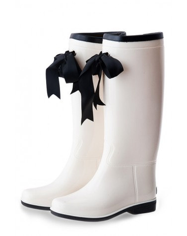 Wellies White & Black (Insulated)
