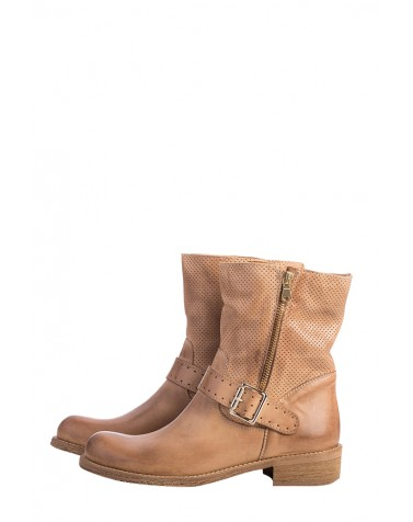 Buclke Leather Boots | Guoio