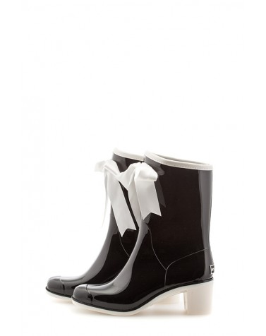 Wellies Black & White Short