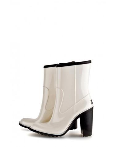 Gummistövlar White & Black Short (med värmeisolering)